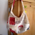 Handtasche mit Rosenmuster